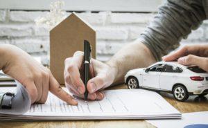 Coraz więcej firm decyduje się na wynajem długoterminowy samochodów.