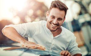 Jak zmotywować pracowników do dbania o samochód służbowy? Pomoże dobra polityka flotowa