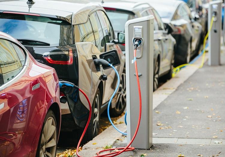 Ulgi dla posiadaczy samochodów elektrycznych